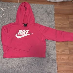 Great condition! Nike cropped hoodie